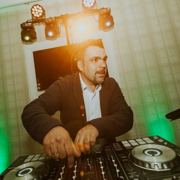 DJ.Jana (fotó:Für Henrik)
